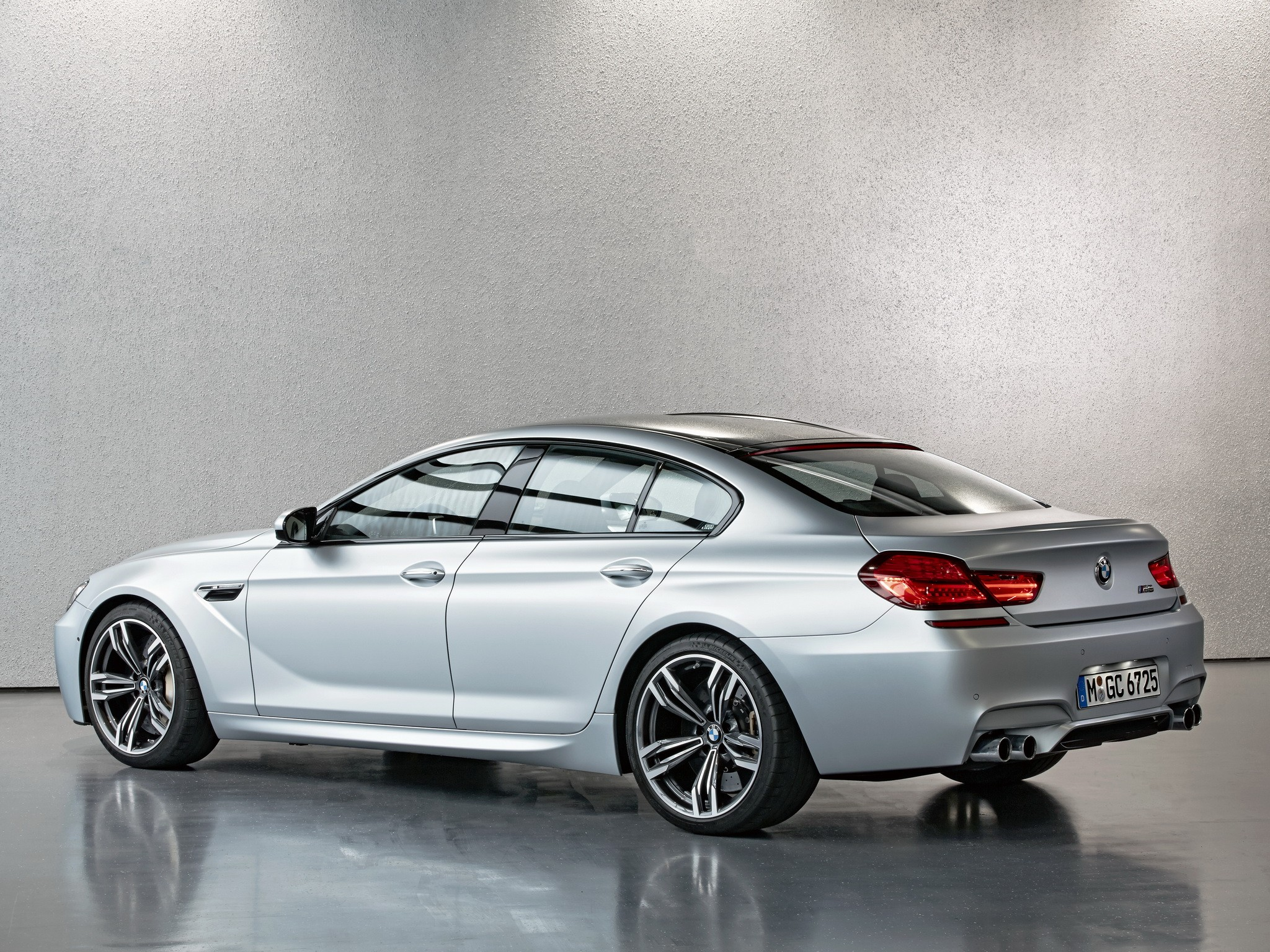 Bmw M6 Gran Coupe F06 Specs Amp Photos 2013 2014 2015