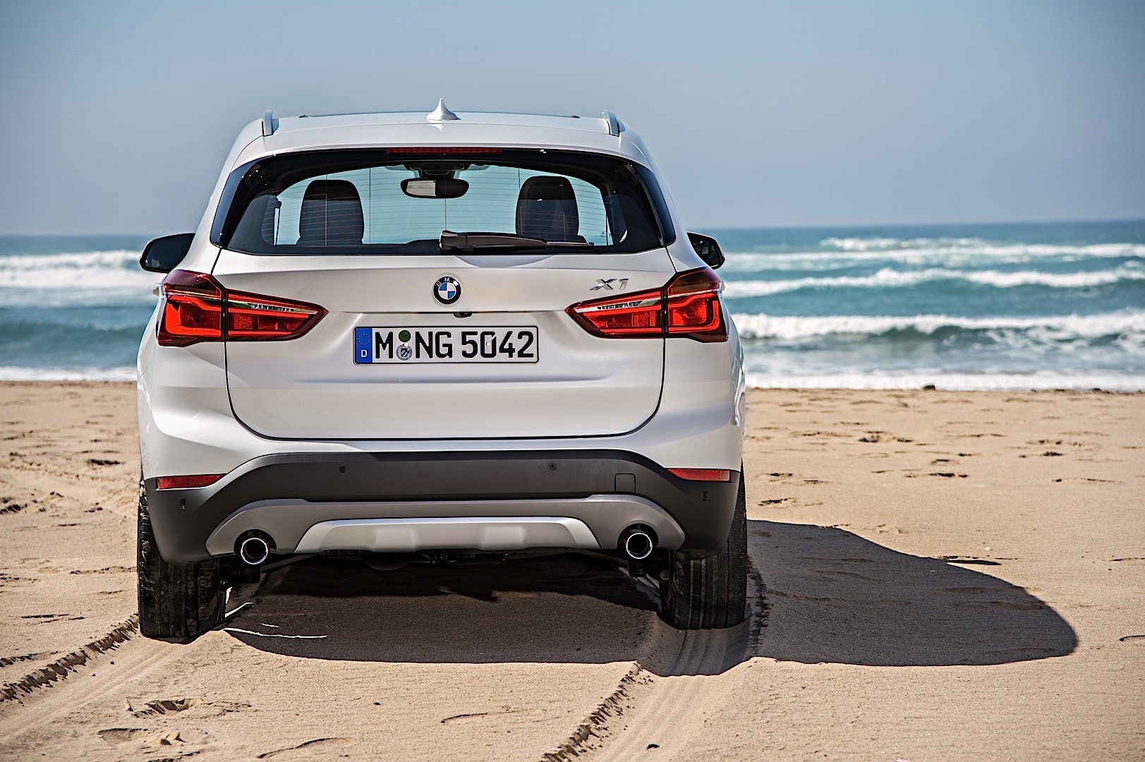 Bmw X1 Specs 2016 2017 2018 Autoevolution