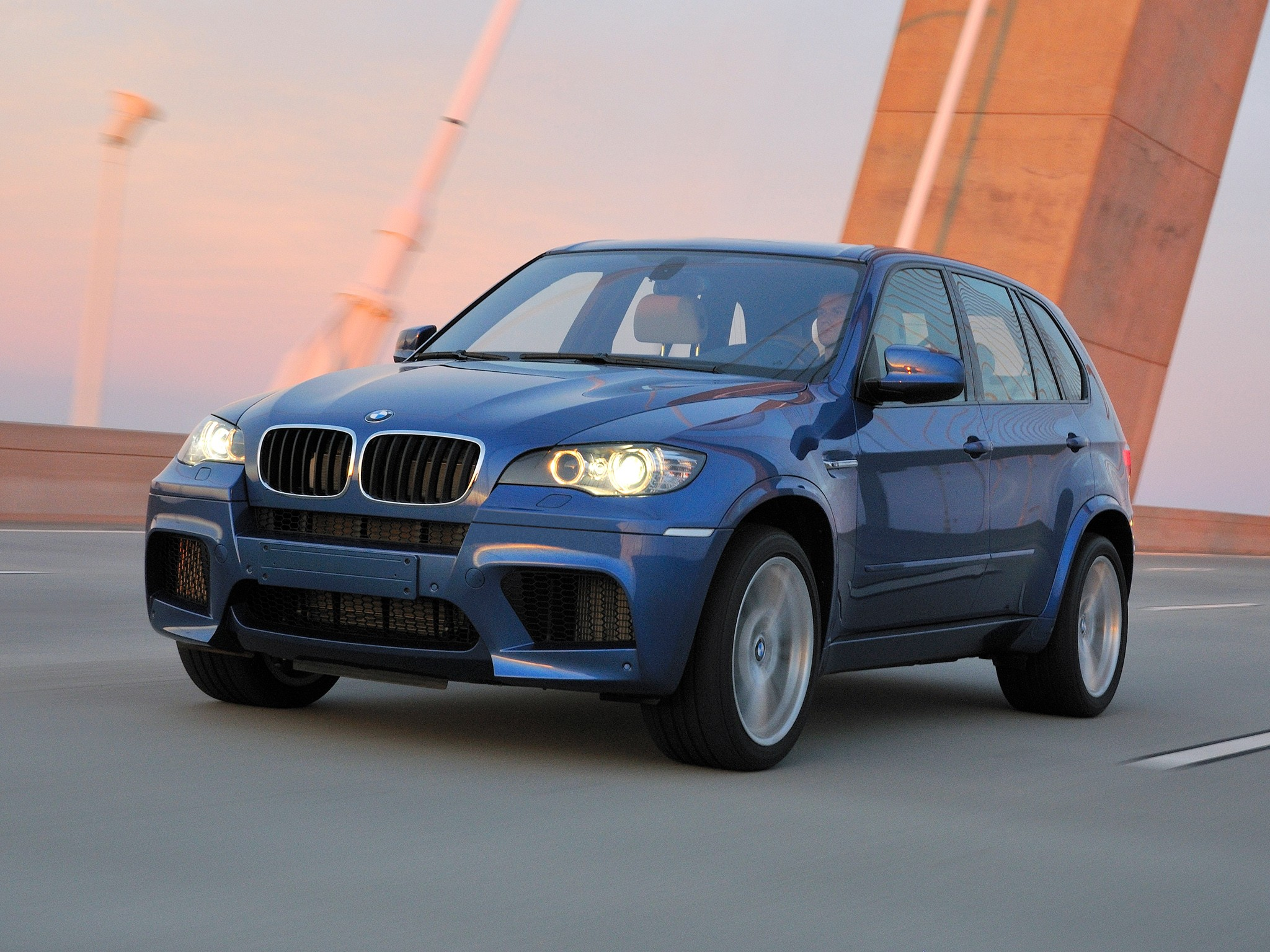 Bmw X5m Specs Amp Photos 2009 2010 2011 2012 2013