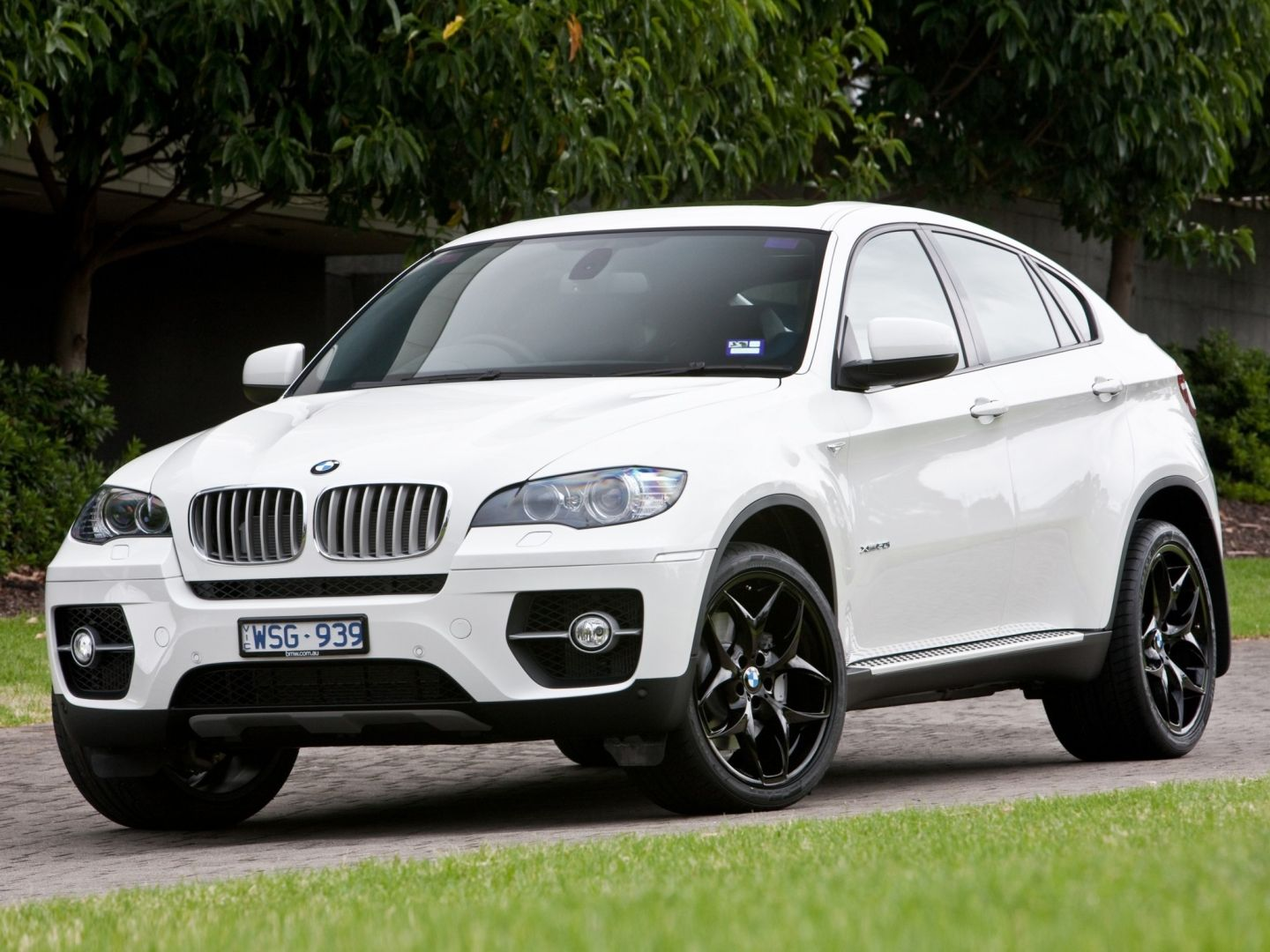 Bmw X6 E71 Specs Amp Photos 2010 2011 2012 2013 2014