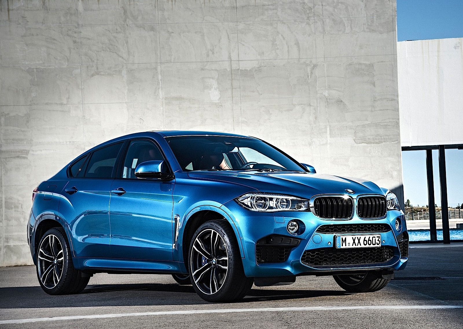 bmw x6m specs 2014 2015 2016 2017 2018 autoevolution. Black Bedroom Furniture Sets. Home Design Ideas