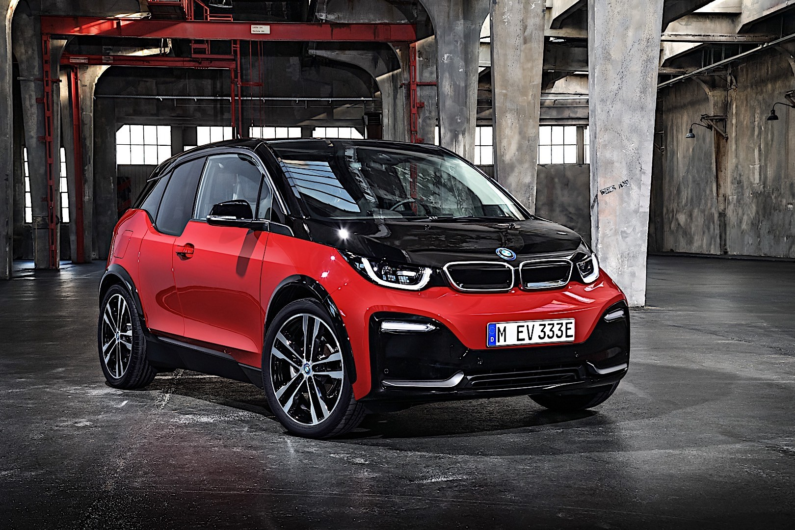 Bmw I3s Specs Amp Photos 2017 2018 2019 Autoevolution