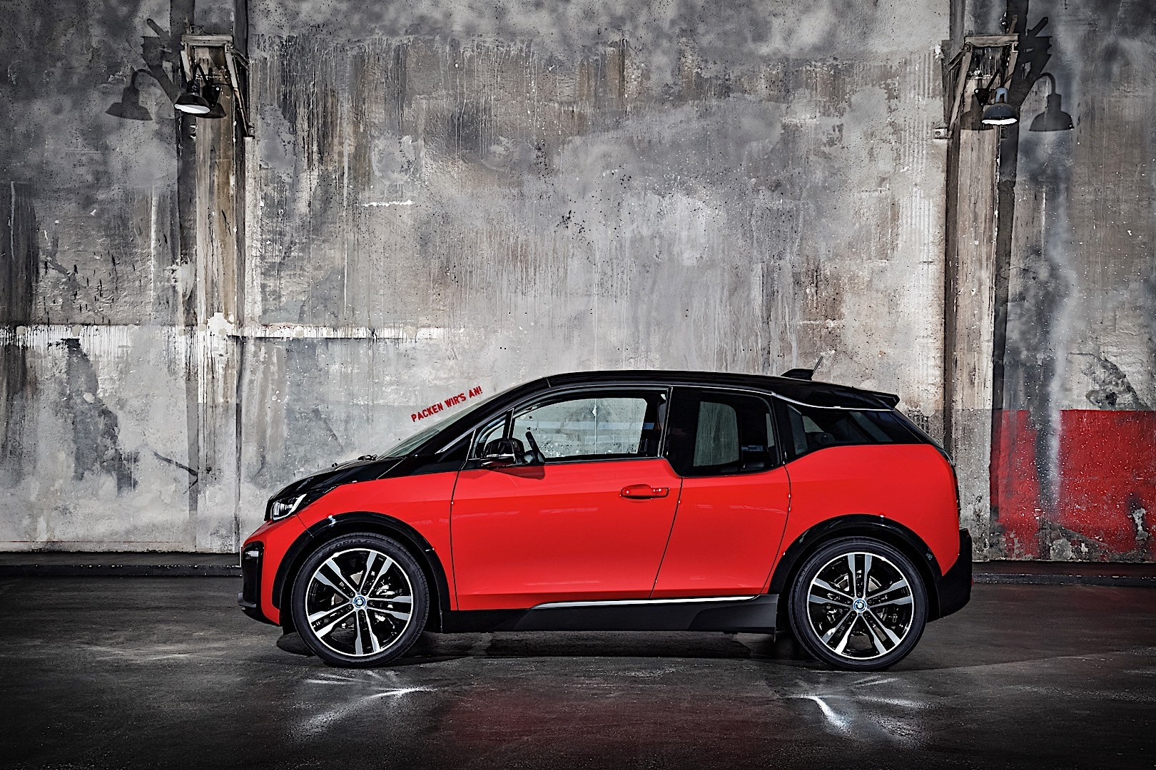 BMW i3s specs & photos - 2017, 2018, 2019 - autoevolution