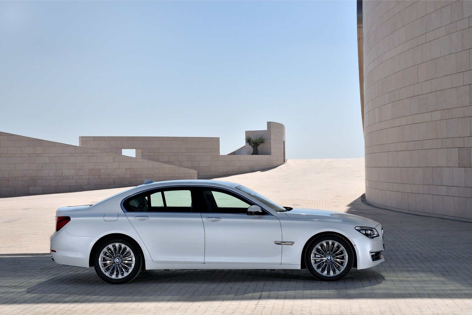 BMW 7 Series F01 02 Facelift 2012