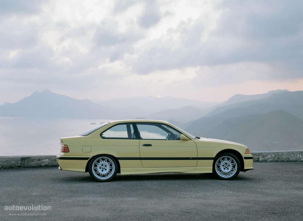 Bmw M3 Coupe E36 Specs Amp Photos 1992 1993 1994 1995 1996 1997 1998 Autoevolution