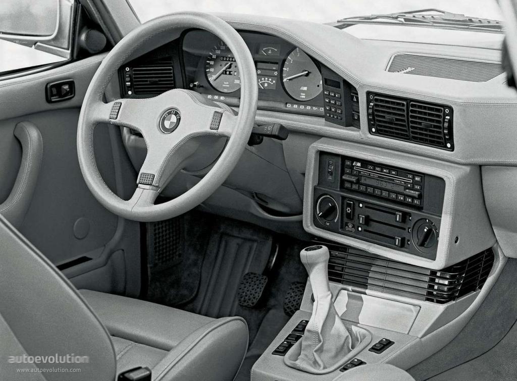 Bmw M5 E28 Specs 1985 1986 1987 1988 Autoevolution