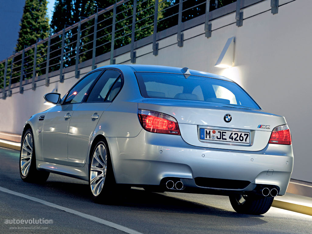 Electronic Stability Control >> BMW M5 (E60) specs & photos - 2005, 2006, 2007, 2008, 2009 ...
