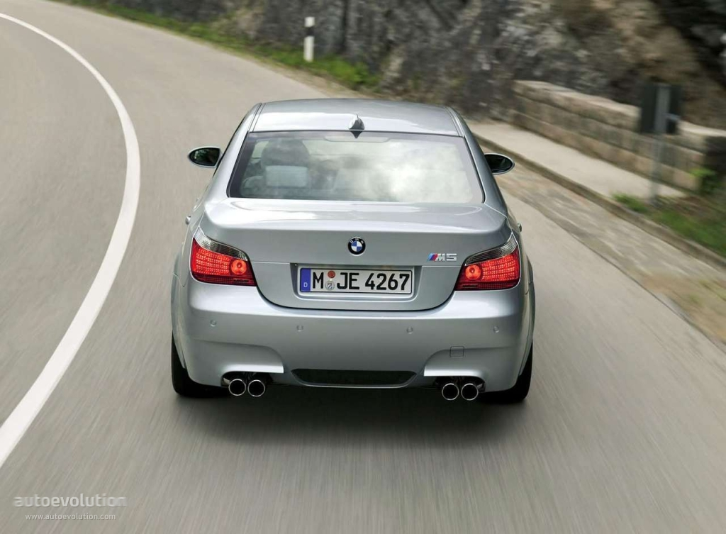 Bmw M5 E60 Specs Photos 2005 2006 2007 2008 2009 2010