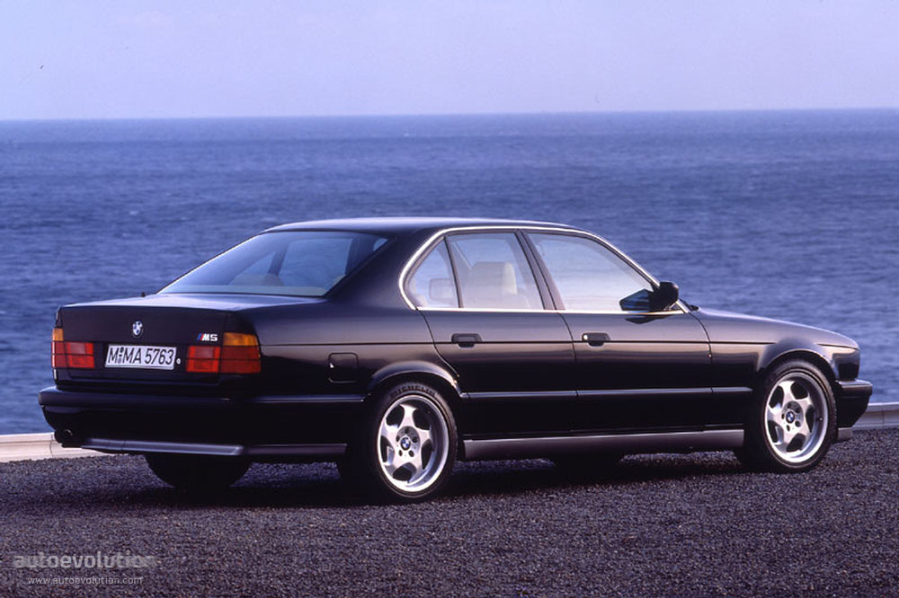BMW M5 (E34) specs & photos - 1988, 1989, 1990, 1991, 1992 ...