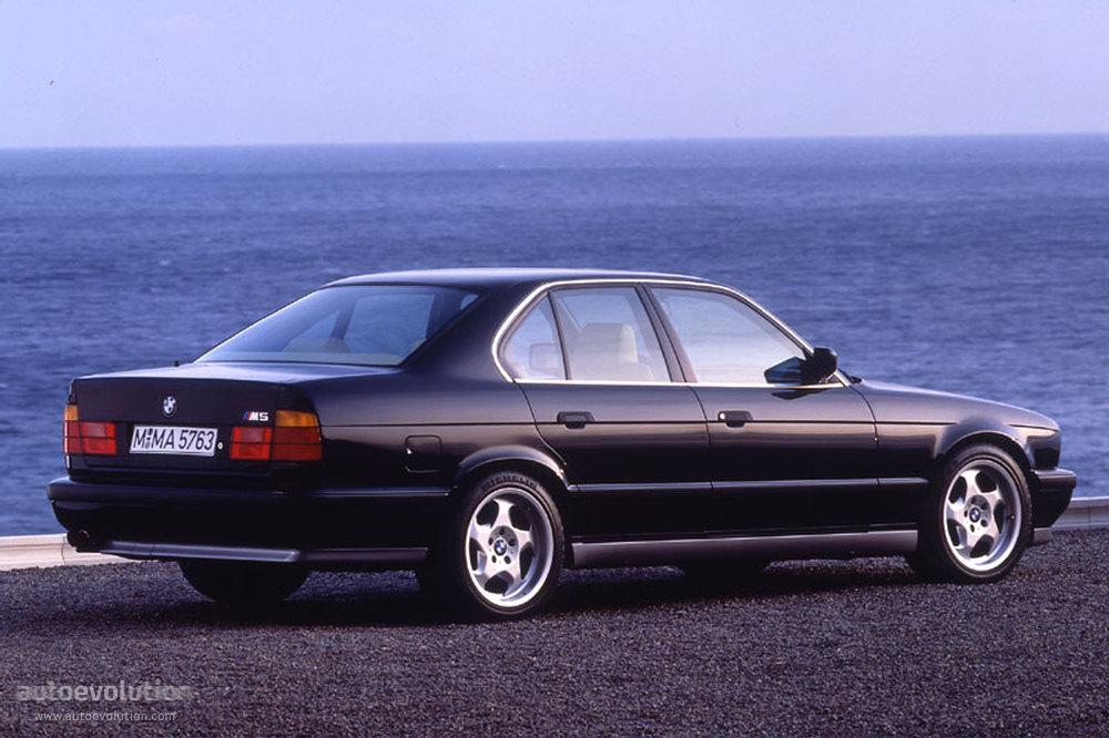 Exterior 57281274 likewise Honda Accord 4 Doors 1993 also Honda Accord 2004 likewise 24138 1990 bmw 735i base sedan 4   door 3   5l as well 1st Gen Lightning. on 1994 honda accord engine