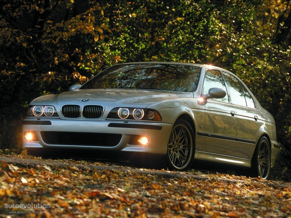 Bmw M5 E39 Specs Amp Photos 1998 1999 2000 2001 2002