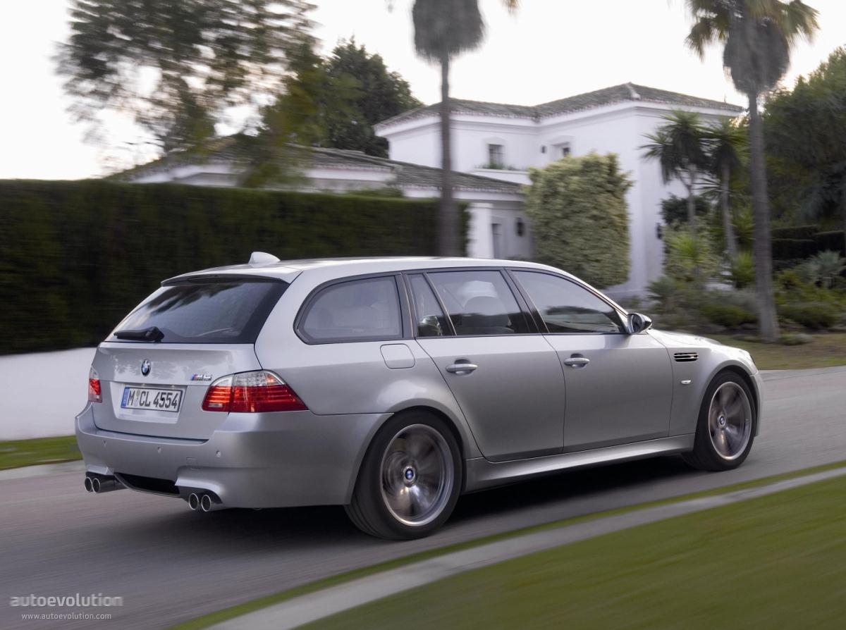 bmw m5 touring e61 specs 2007 2008 2009 2010 autoevolution. Black Bedroom Furniture Sets. Home Design Ideas