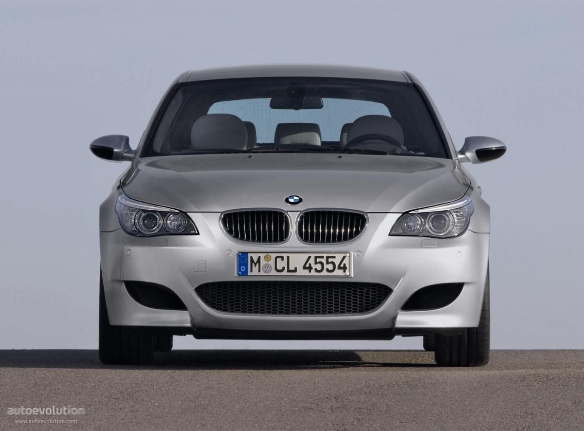 Bmw M5 Touring E61 Specs Amp Photos 2007 2008 2009