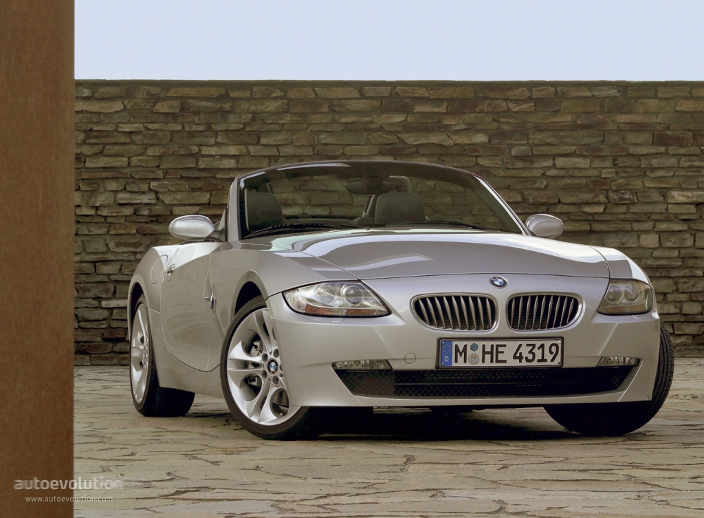 bmw z4 roadster e85 specs photos 2006 2007 2008 2009 autoevolution. Black Bedroom Furniture Sets. Home Design Ideas