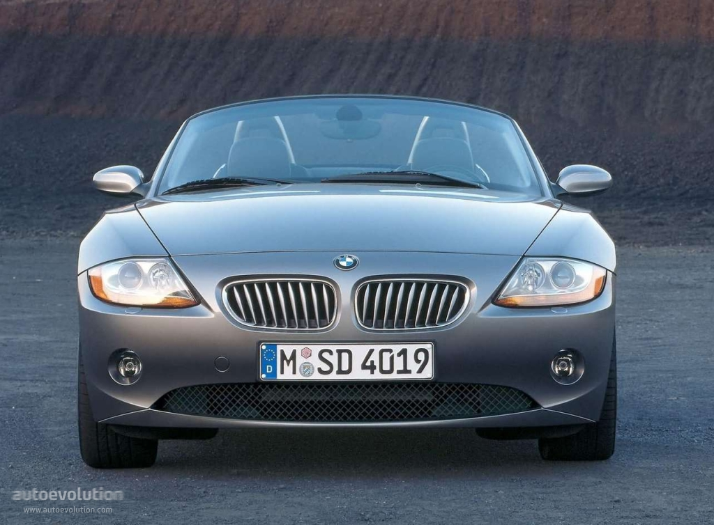 Bmw Z4 E85 Specs Amp Photos 2002 2003 2004 2005 2006 Autoevolution