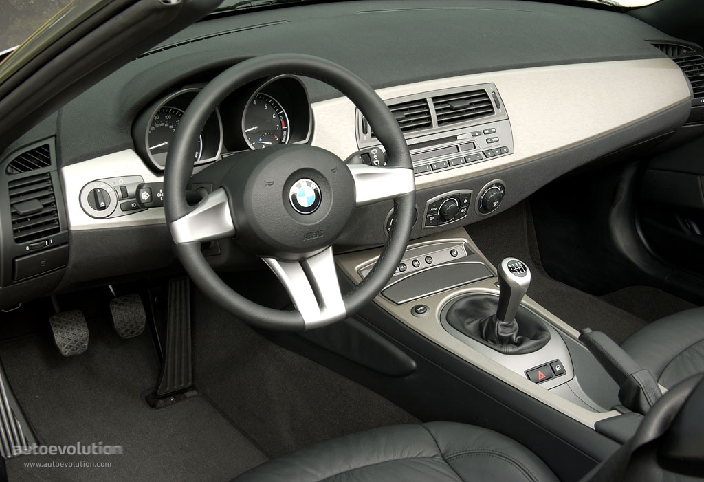 Bmw z4 e85 specs 2002 2003 2004 2005 2006 for Interieur z4 e85
