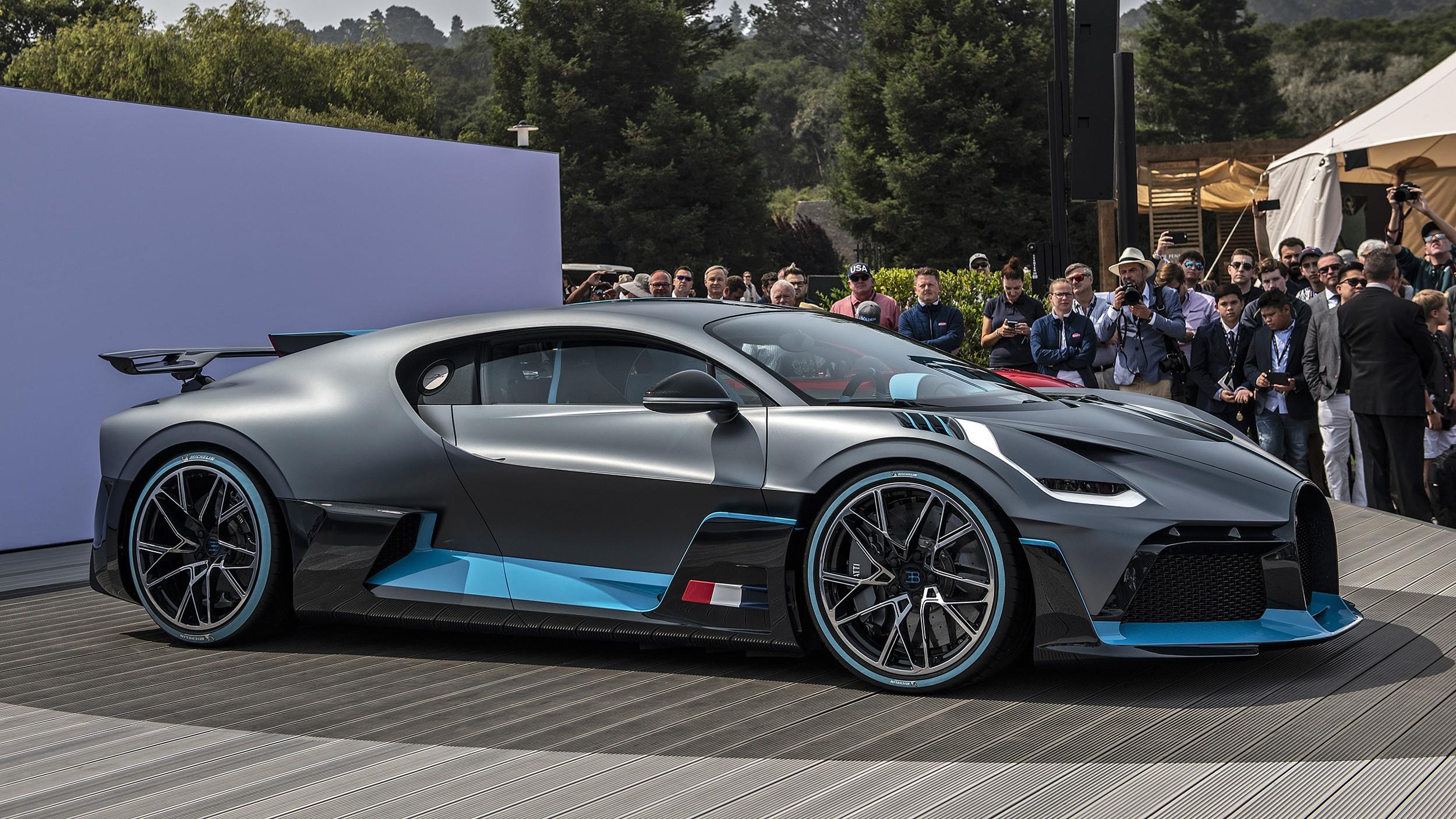 Bugatti Divo Specs Photos 2018 2019 2020 2021 Autoevolution