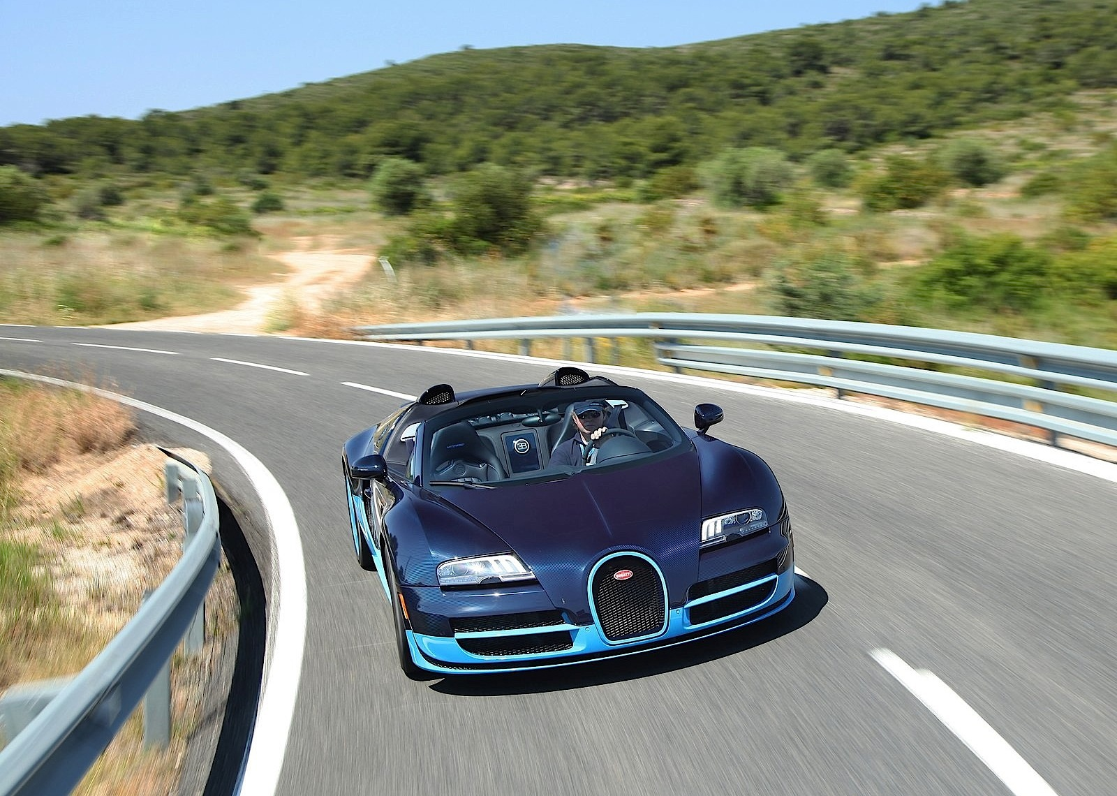 bugatti veyron grand sport vitesse 2012 2013 2014 2015 autoevolution. Black Bedroom Furniture Sets. Home Design Ideas