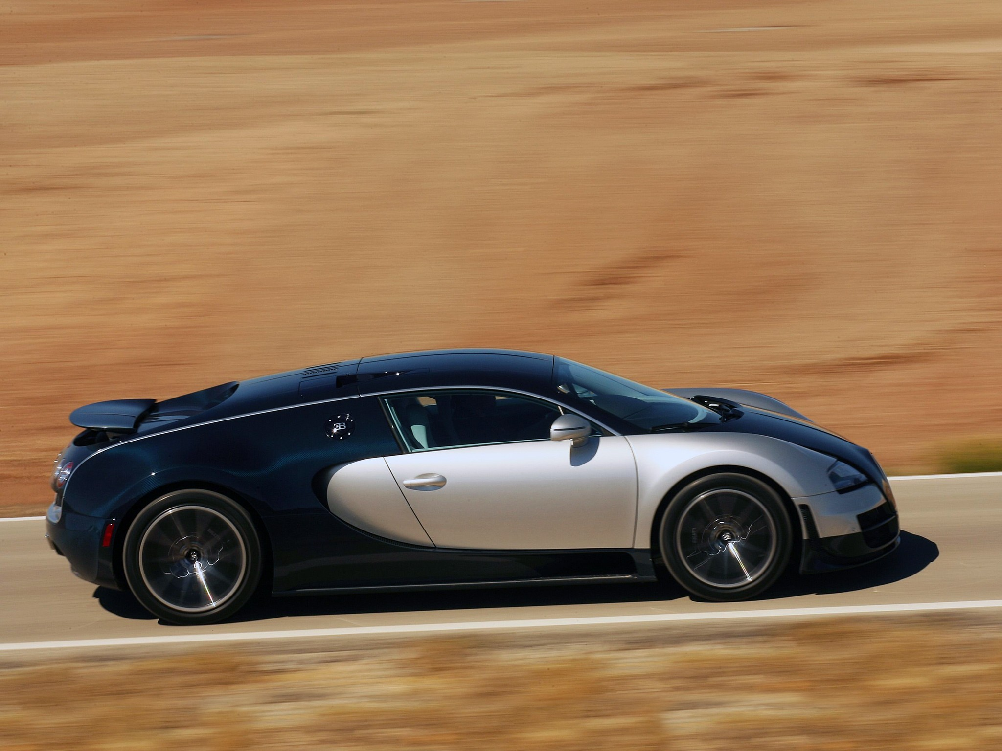 bugatti veyron super sport specs 2010 2011 autoevolution. Cars Review. Best American Auto & Cars Review