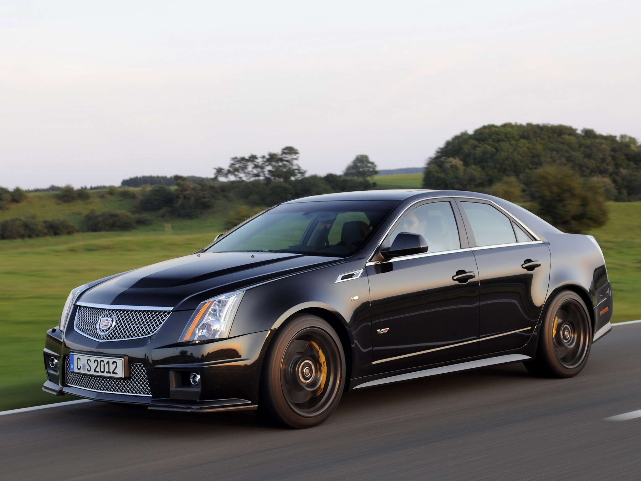 cadillac cts v specs 2008 2009 2010 2011 2012 2013 2014 2015 autoevolution. Black Bedroom Furniture Sets. Home Design Ideas