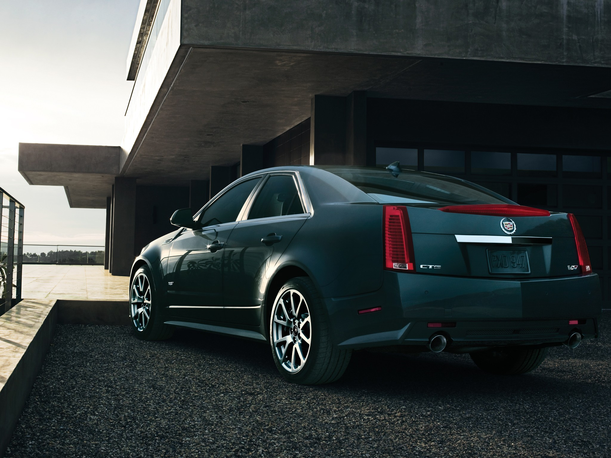 CADILLAC CTS-V specs & photos - 2008, 2009, 2010, 2011 ...