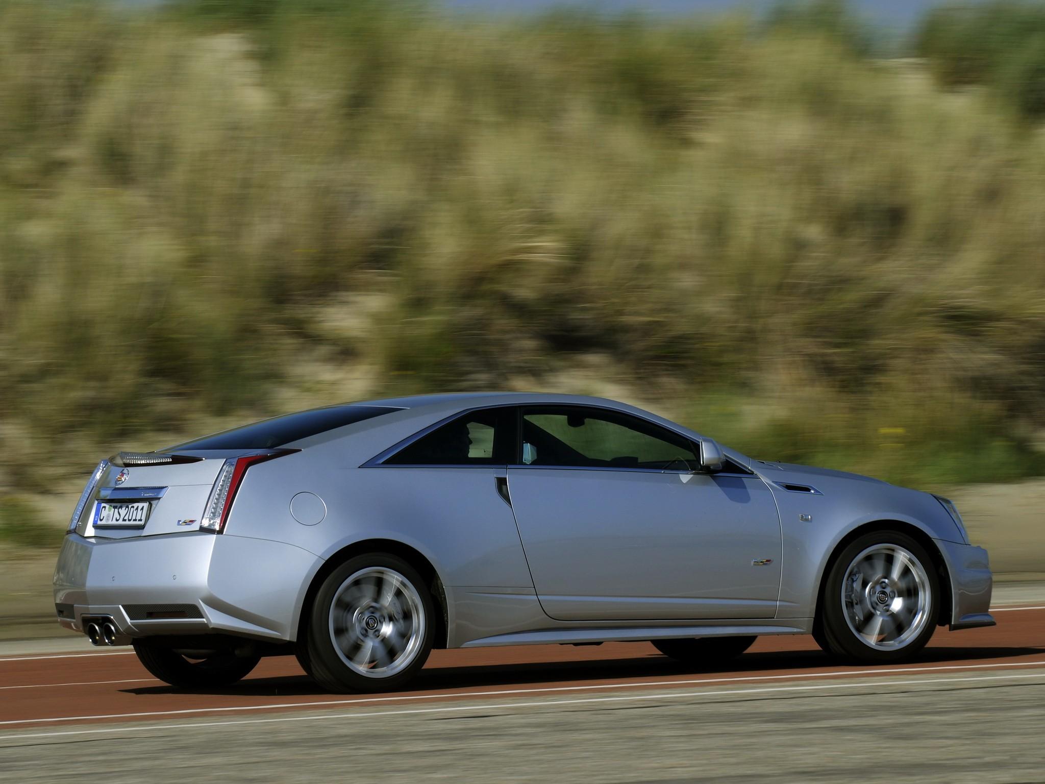CADILLAC CTS-V Coupe specs & photos - 2012, 2013, 2014 ...