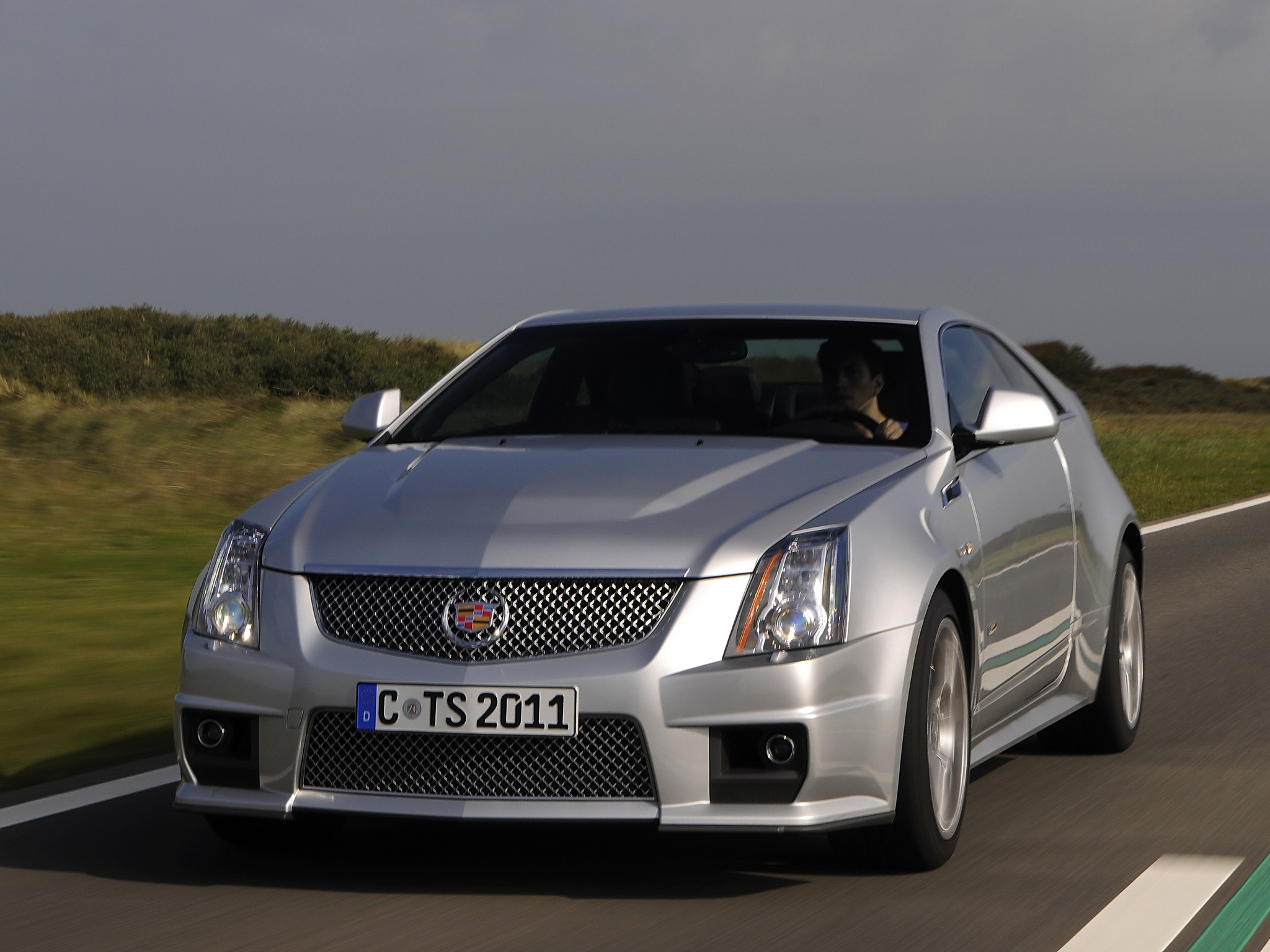 cts coupe cars cadillac present specs