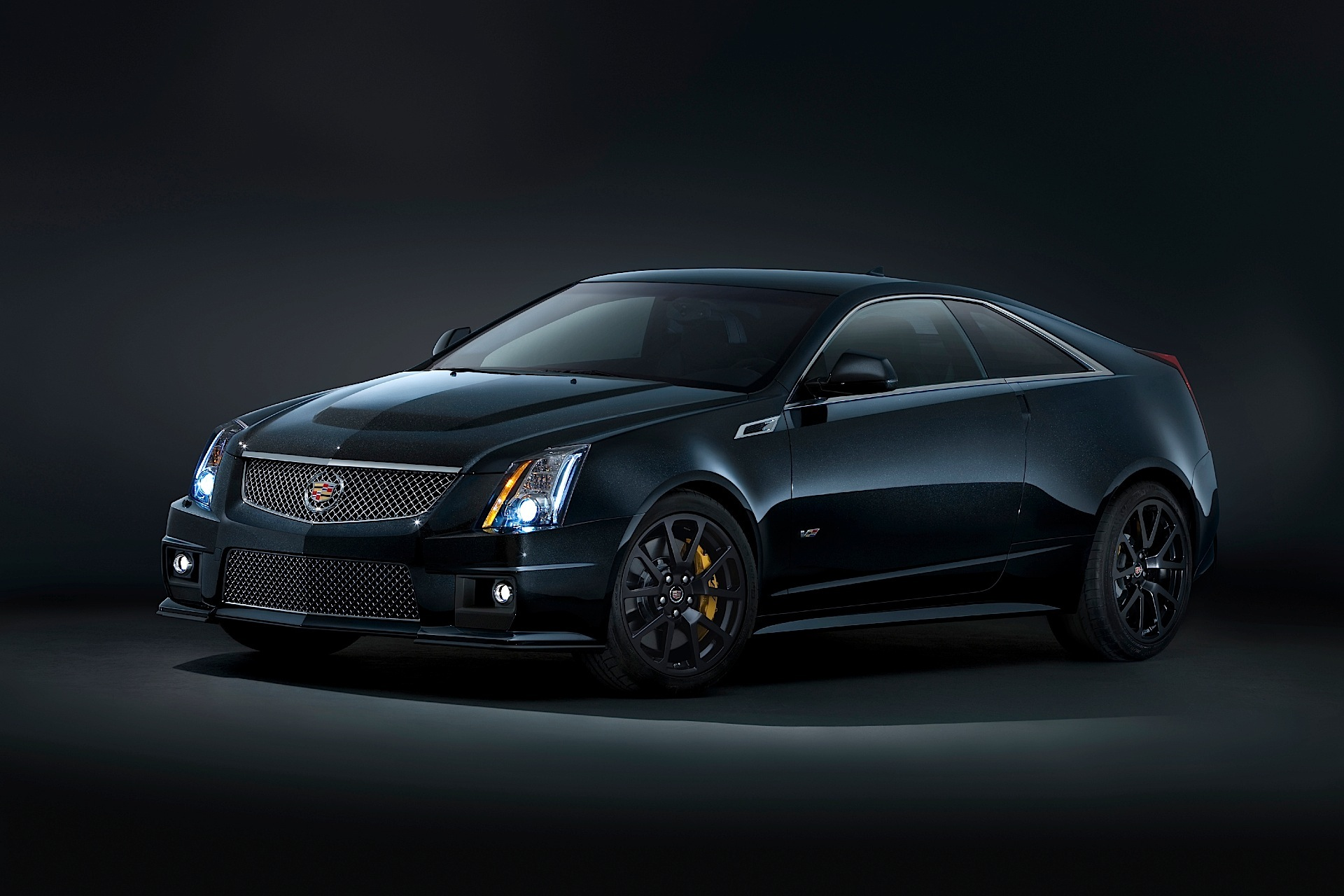 cadillac cts v coupe specs photos 2012 2013 2014 2015 2016 2017 2018 2019 autoevolution. Black Bedroom Furniture Sets. Home Design Ideas