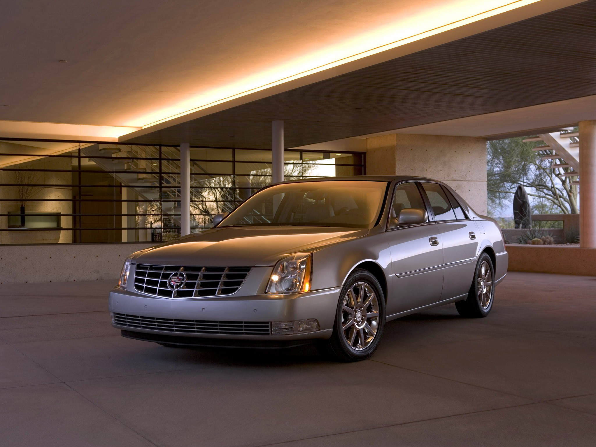 Cadillac Dts Specs 2008 2009 2010 2011 Autoevolution