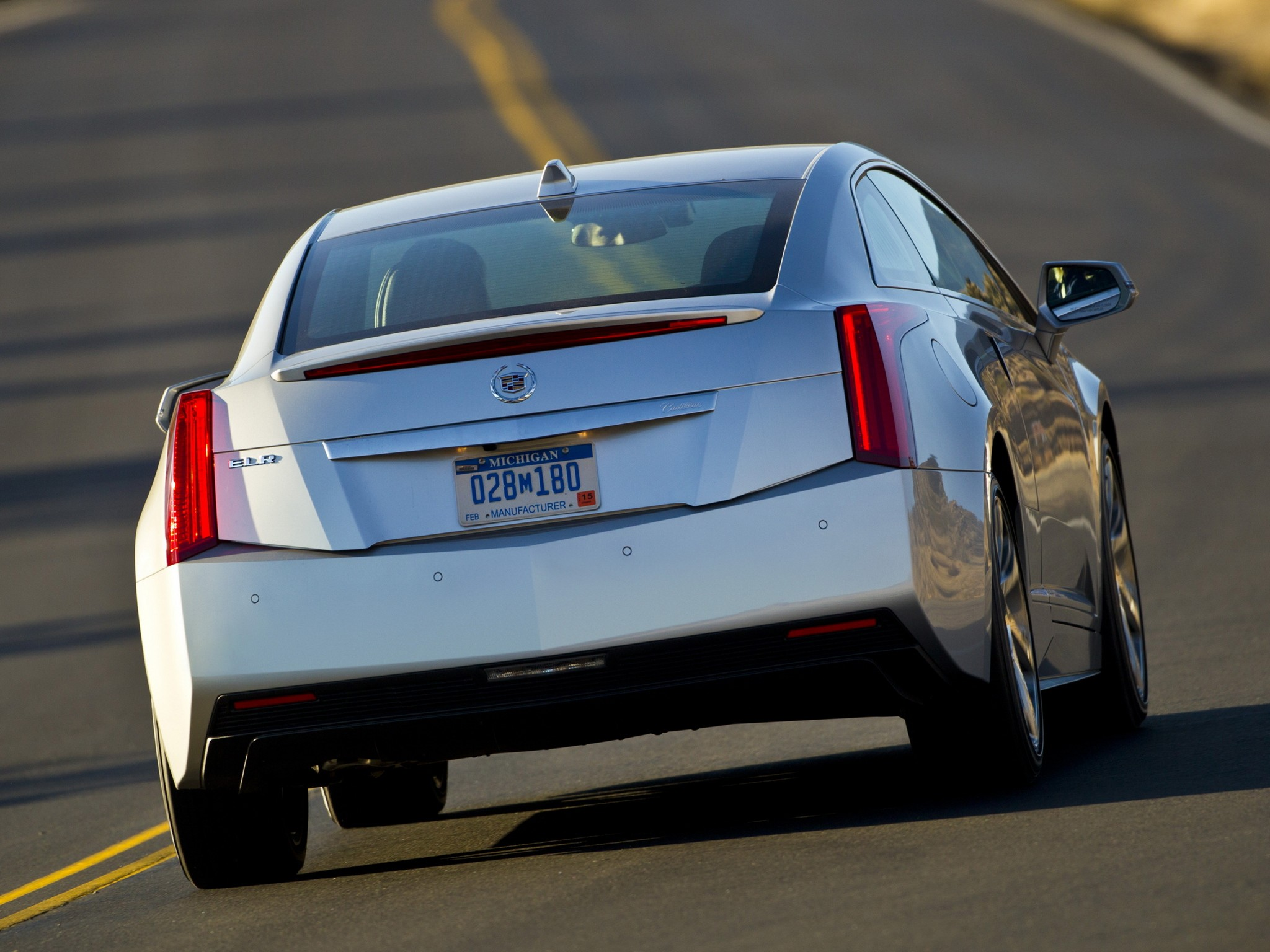 2020 Cadillac ELR S Price, Design and Review