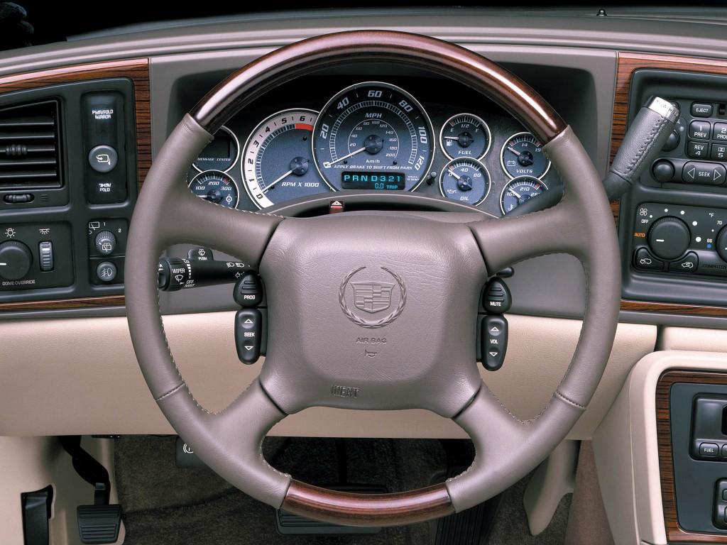 Cadillac Escalade Esv Specs Amp Photos 2002 2003 2004
