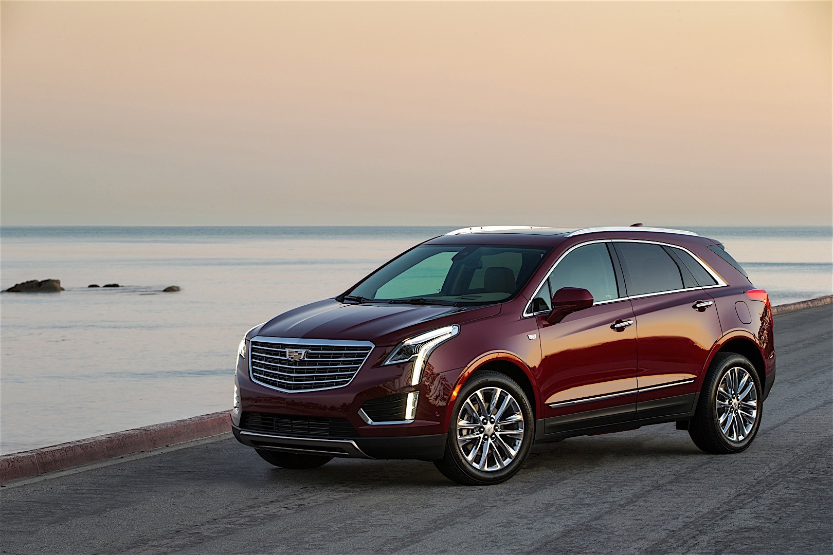 cadillac xt5 specs 2016 2017 2018 autoevolution. Black Bedroom Furniture Sets. Home Design Ideas