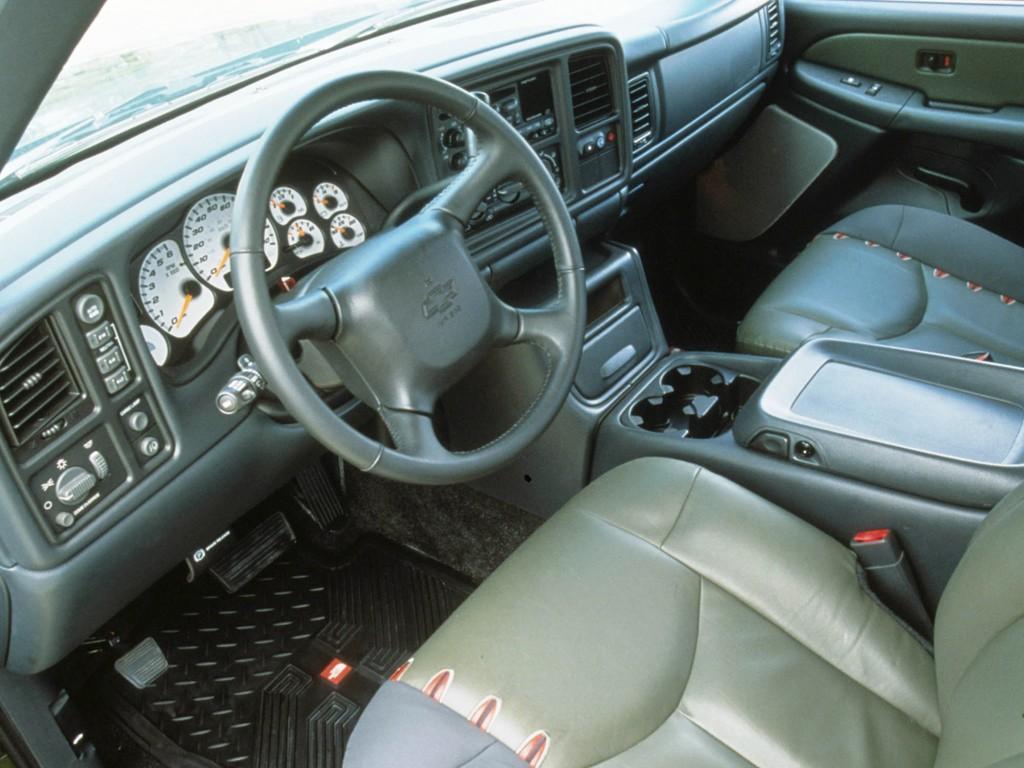 Chevrolet Avalanche Specs Amp Photos 2001 2002 2003 2004 2005 2006 Autoevolution