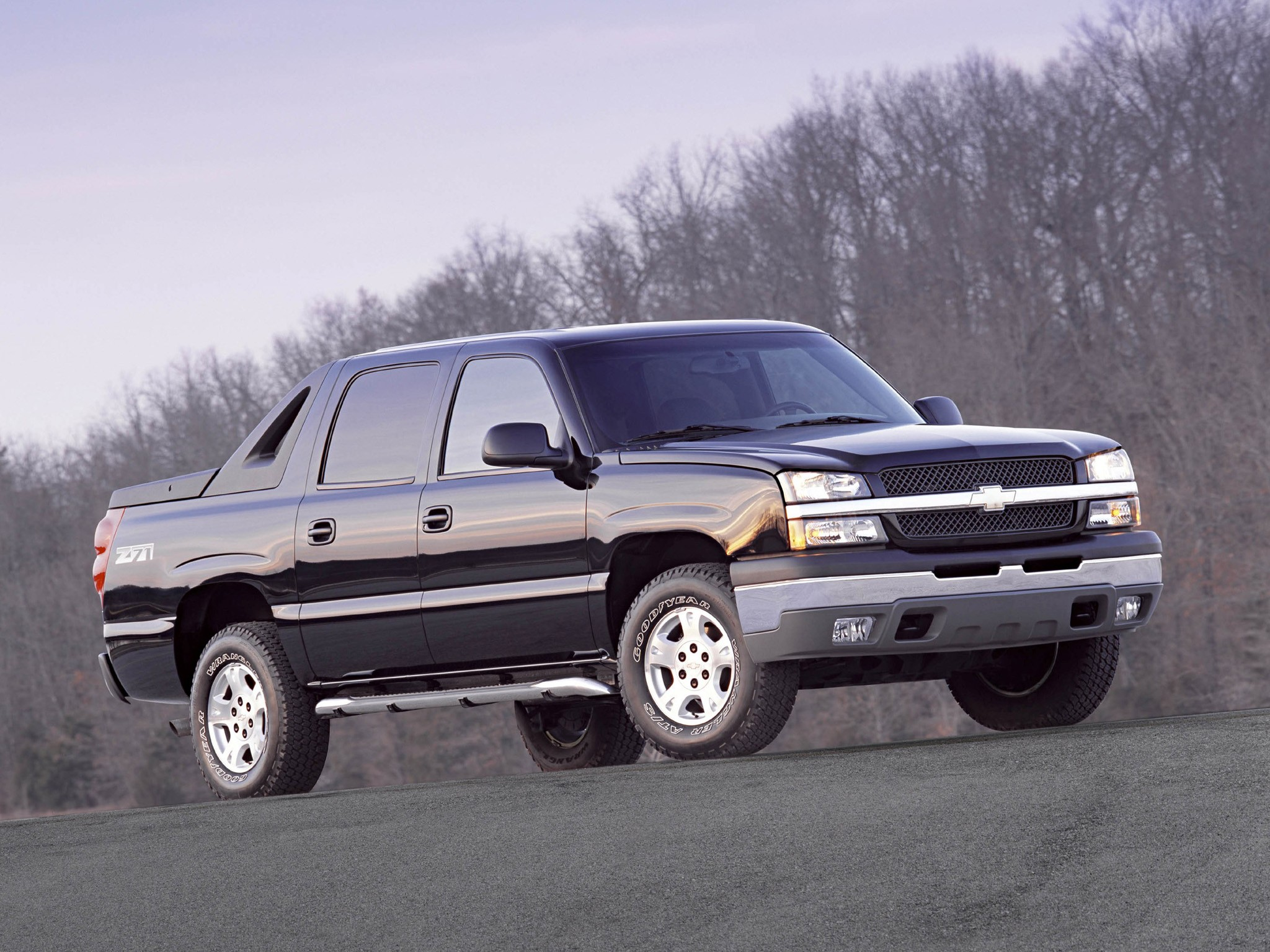 CHEVROLET Avalanche specs & photos - 2001, 2002, 2003 ...