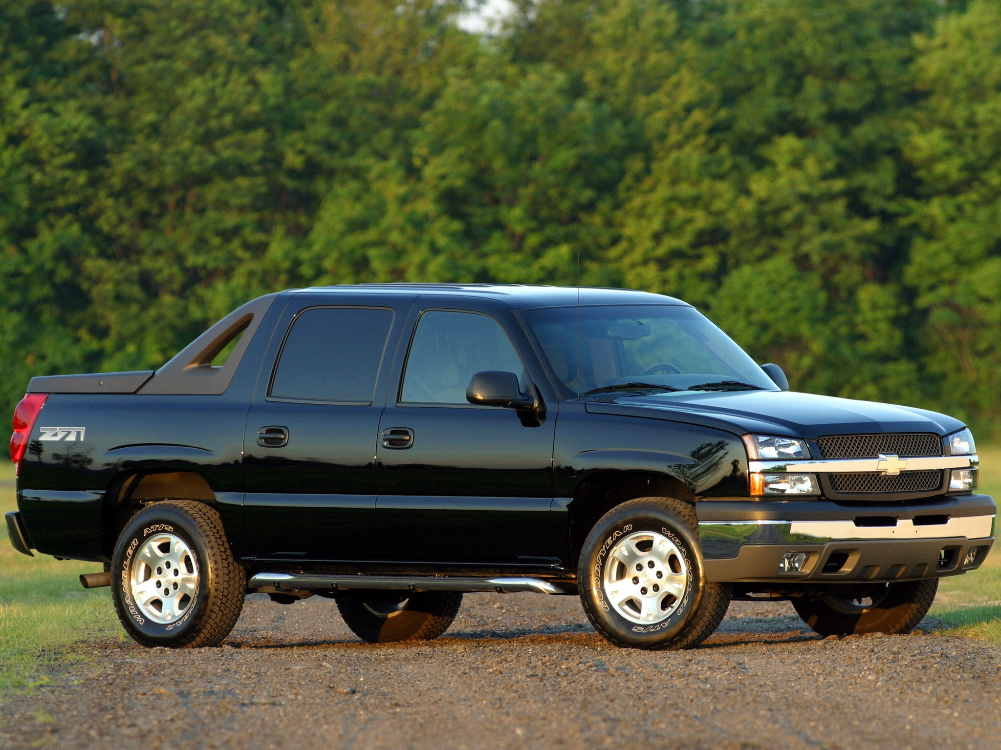 2001 - 2006 Chevrolet Avalanche - Picture 467350 | truck ...