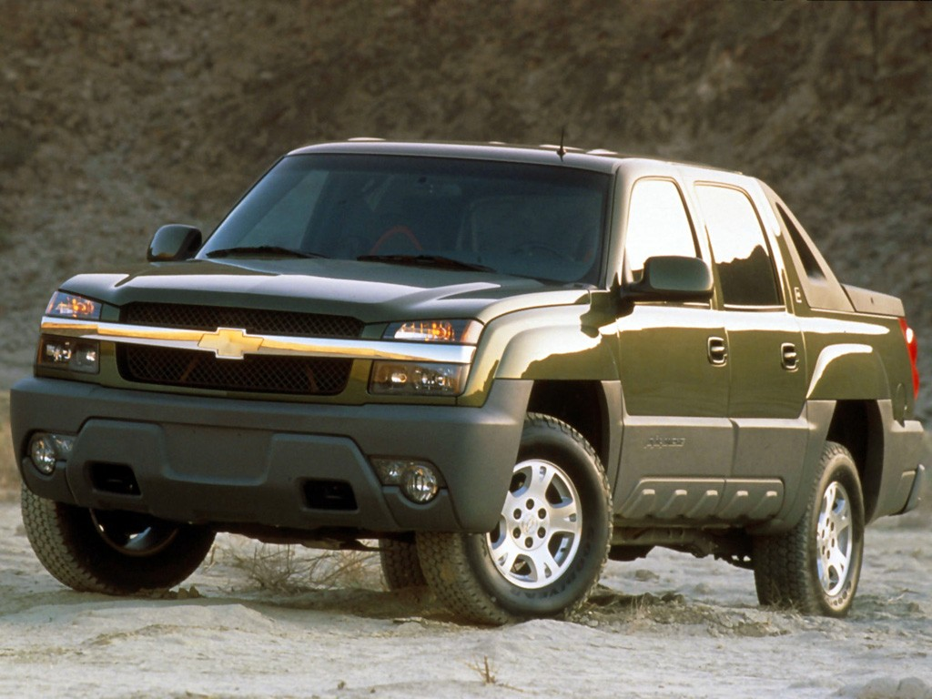 Chevy Awd Cars >> CHEVROLET Avalanche - 2001, 2002, 2003, 2004, 2005, 2006 - autoevolution
