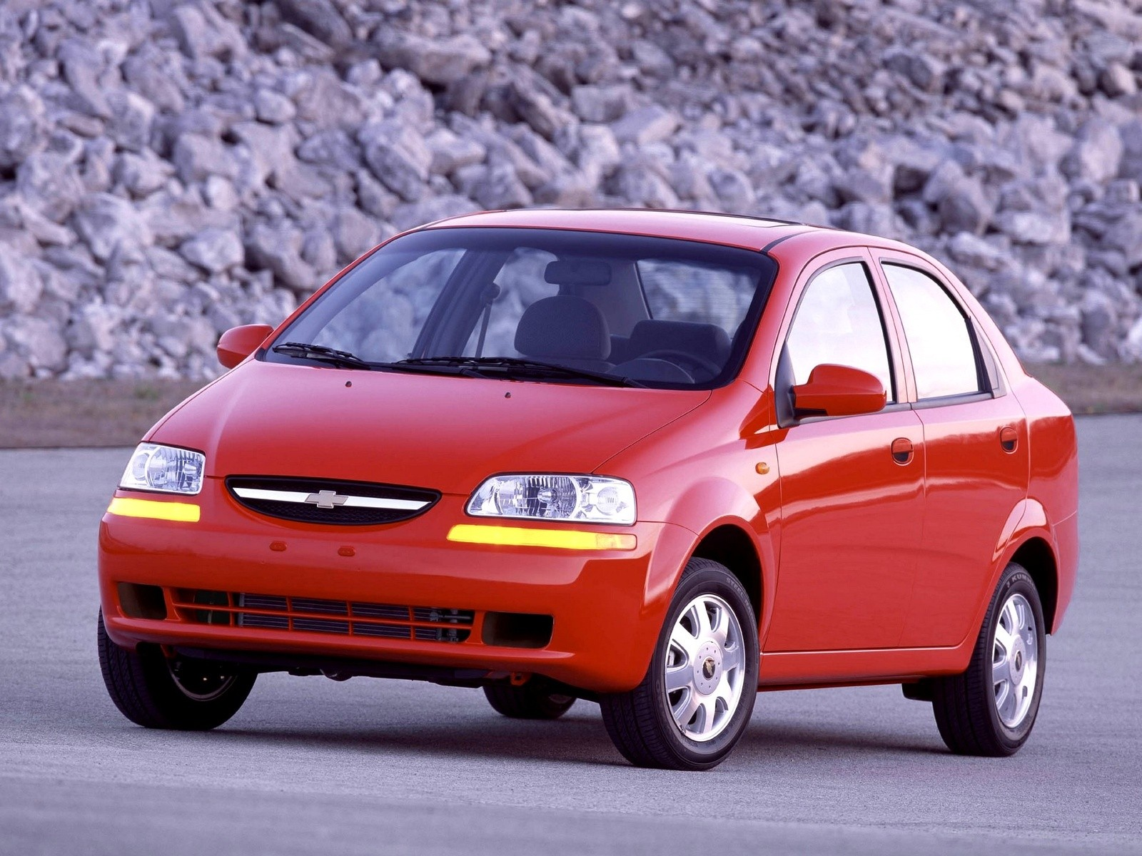 Chevrolet Aveo Kalos Sedan Specs Amp Photos 2004 2005