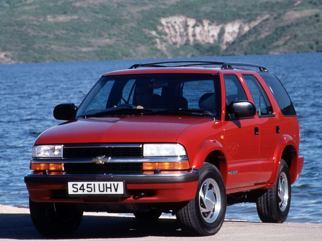 Chevrolet Blazer Doors on Gm 3 4 V6 Engine