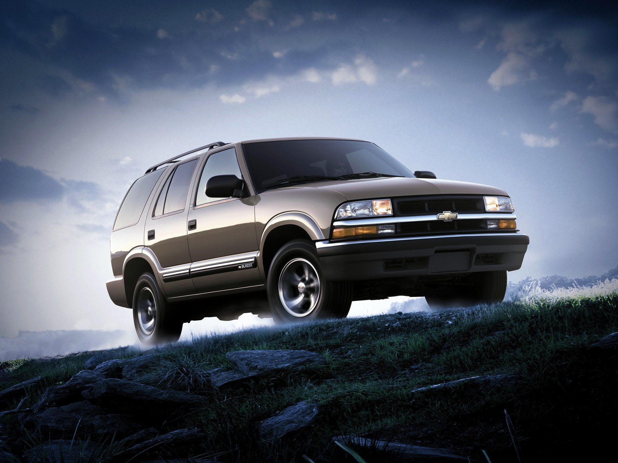 CHEVROLET Blazer 5 doors specs & photos - 1995, 1996, 1997 ...