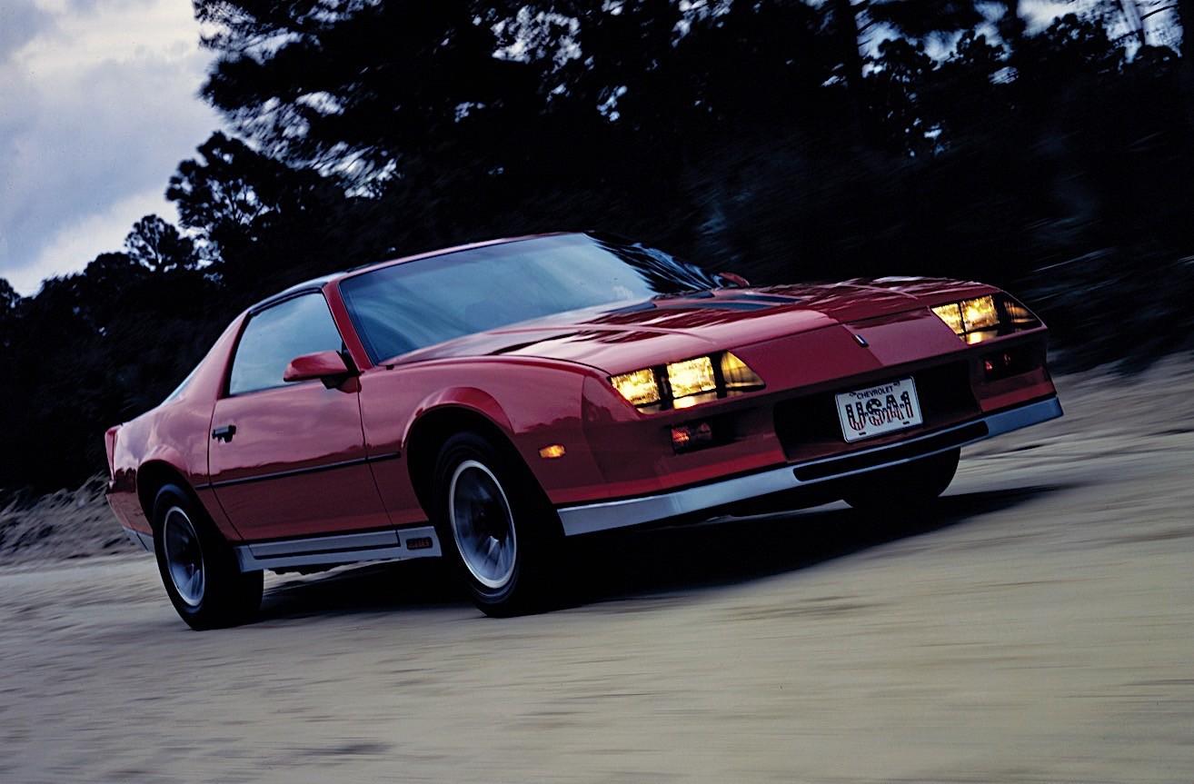 CHEVROLET Camaro specs & photos - 1982, 1983, 1984, 1985 ...