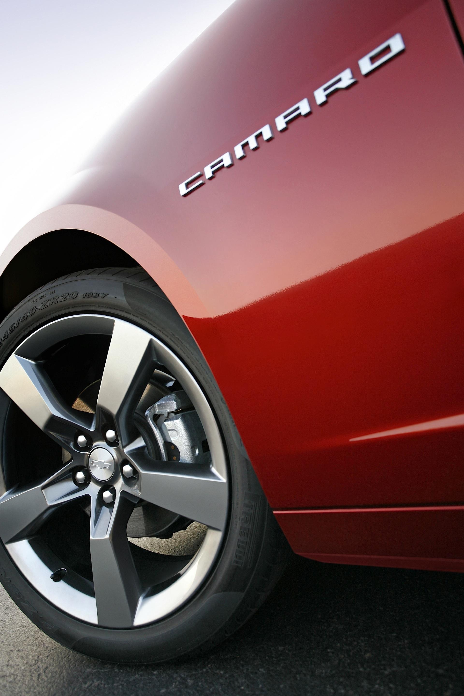 CHEVROLET Camaro SS specs & photos - 2010, 2011, 2012 ...
