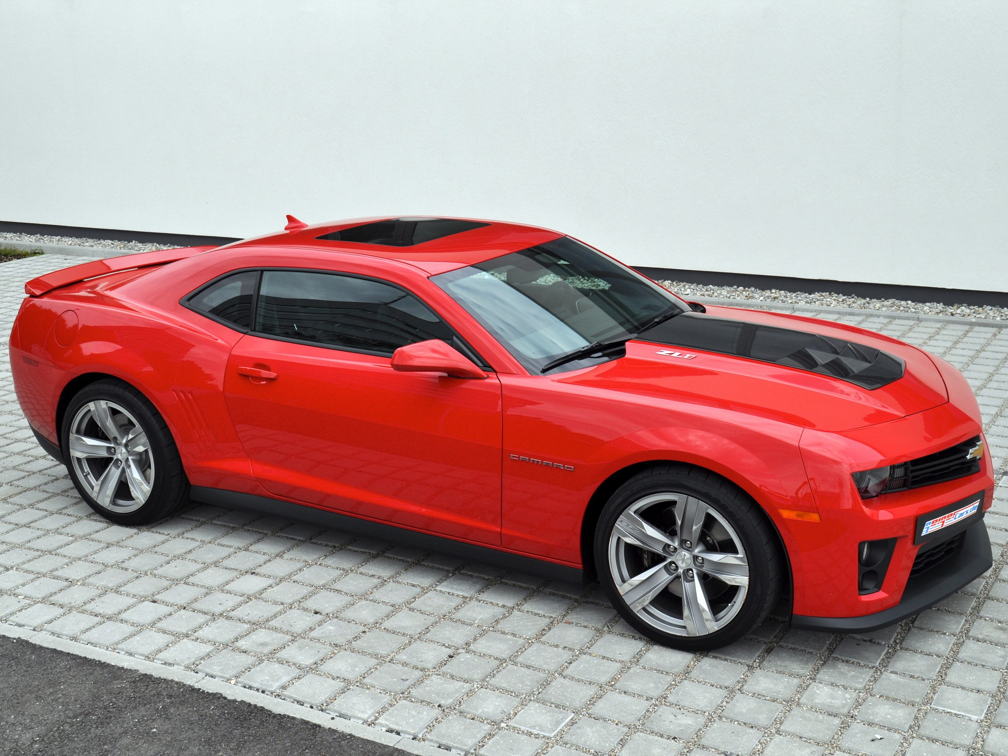 Chevrolet Camaro Zl1 Specs Amp Photos 2012 2013 2014 2015 2016 2017 2018 2019 Autoevolution