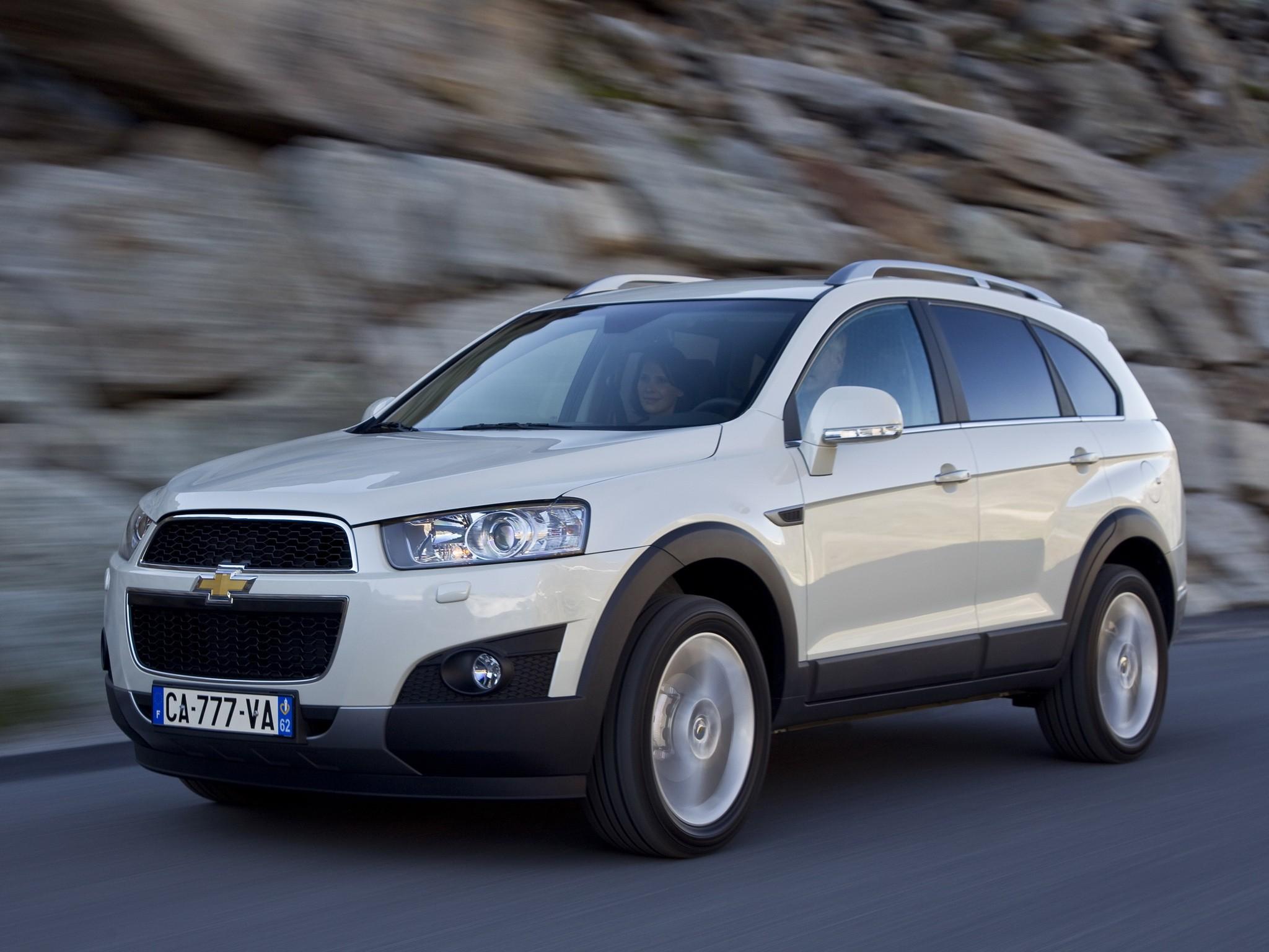 Kekurangan Chevrolet Captiva 2011 Perbandingan Harga
