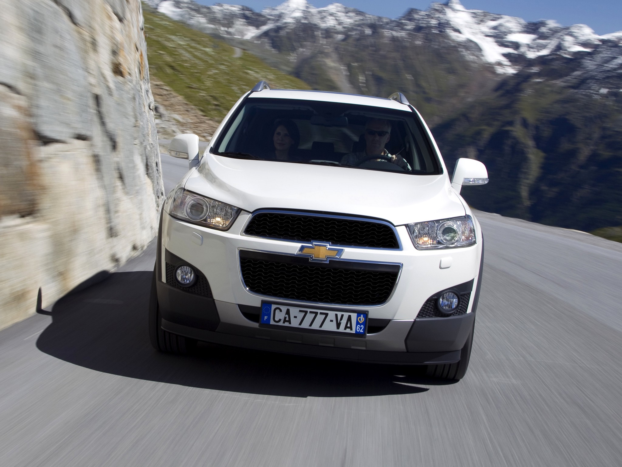 CHEVROLET Captiva Specs Amp Photos 2011 2012 2013 2014