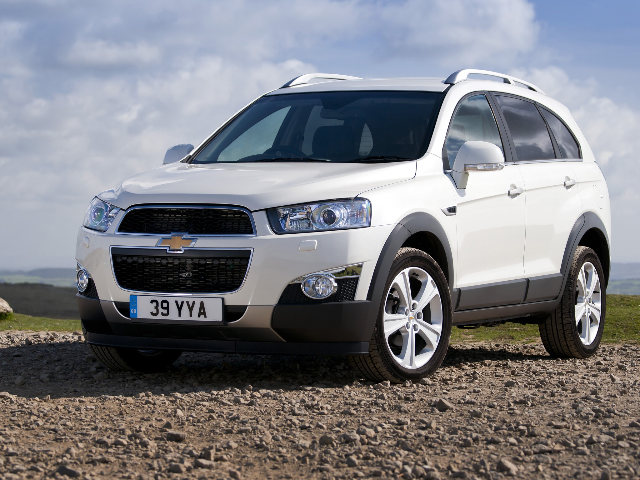 CHEVROLET Captiva specs & photos - 2011, 2012, 2013, 2014 ...