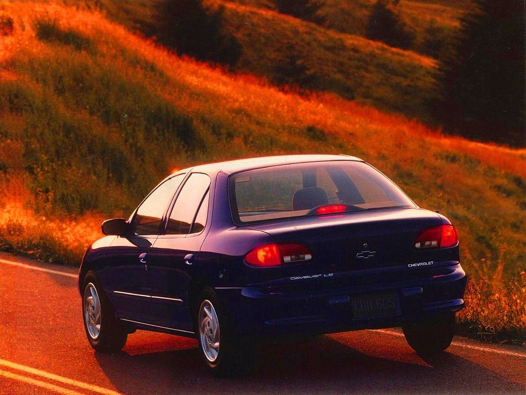 CHEVROLET Cavalier specs & photos - 1994, 1995, 1996, 1997 ...