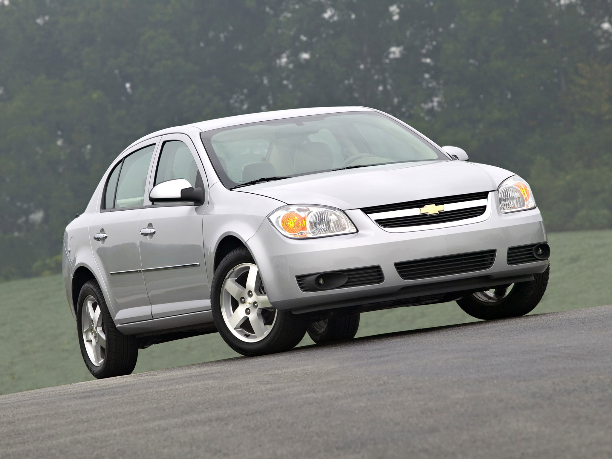 Chevrolet Cobalt Sedan Specs Amp Photos 2008 2009 2010