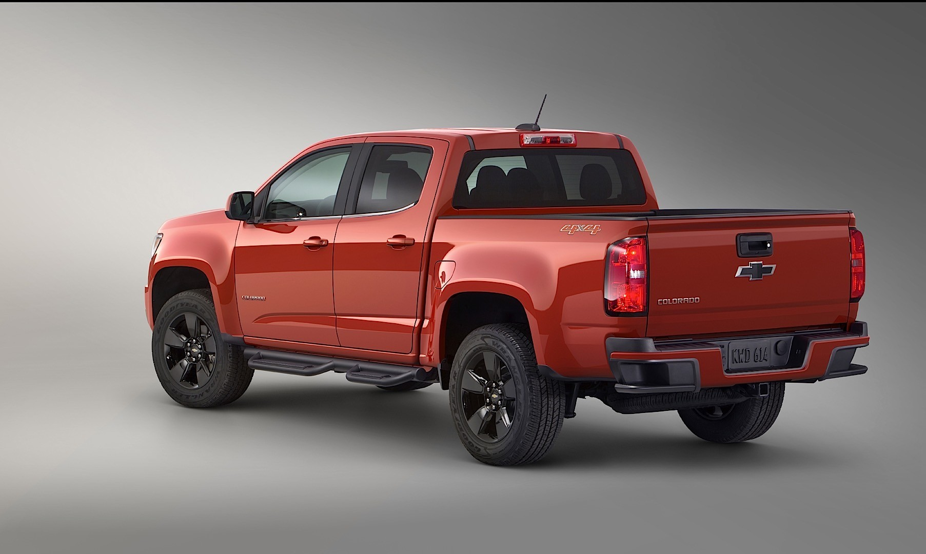 chevrolet colorado crew cab 2015 2016 autoevolution. Black Bedroom Furniture Sets. Home Design Ideas