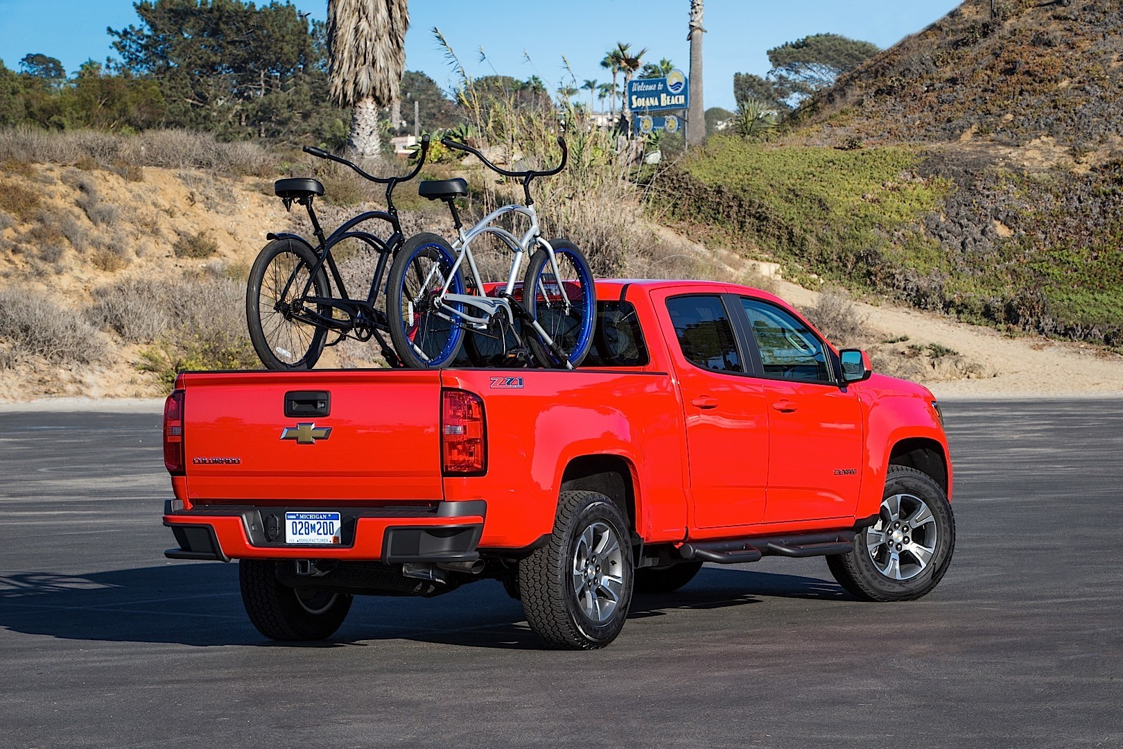 CHEVROLET Colorado Crew Cab specs & photos - 2015, 2016 ...