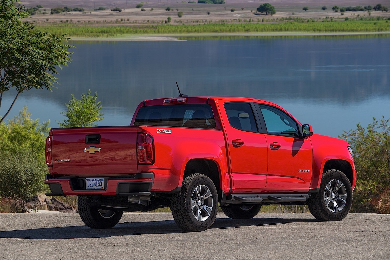 chevrolet colorado crew cab specs photos 2015 2016. Black Bedroom Furniture Sets. Home Design Ideas